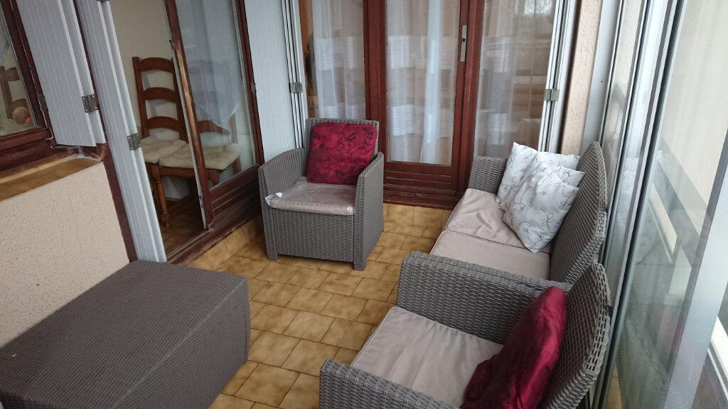 Appartement à vendre 4 83m2 à La Seyne-sur-Mer vignette-3