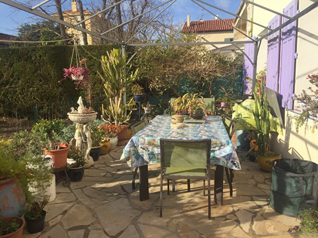 Maison à vendre 5 170m2 à La Seyne-sur-Mer vignette-6