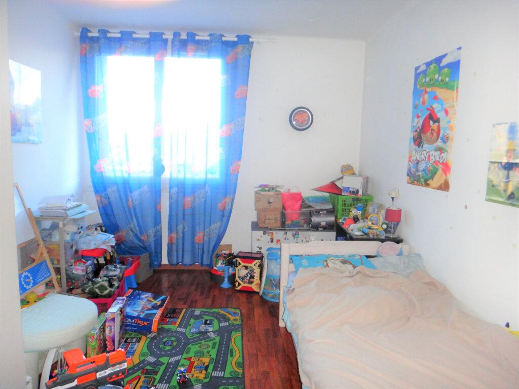 Appartement à vendre 4 80m2 à Toulon vignette-4