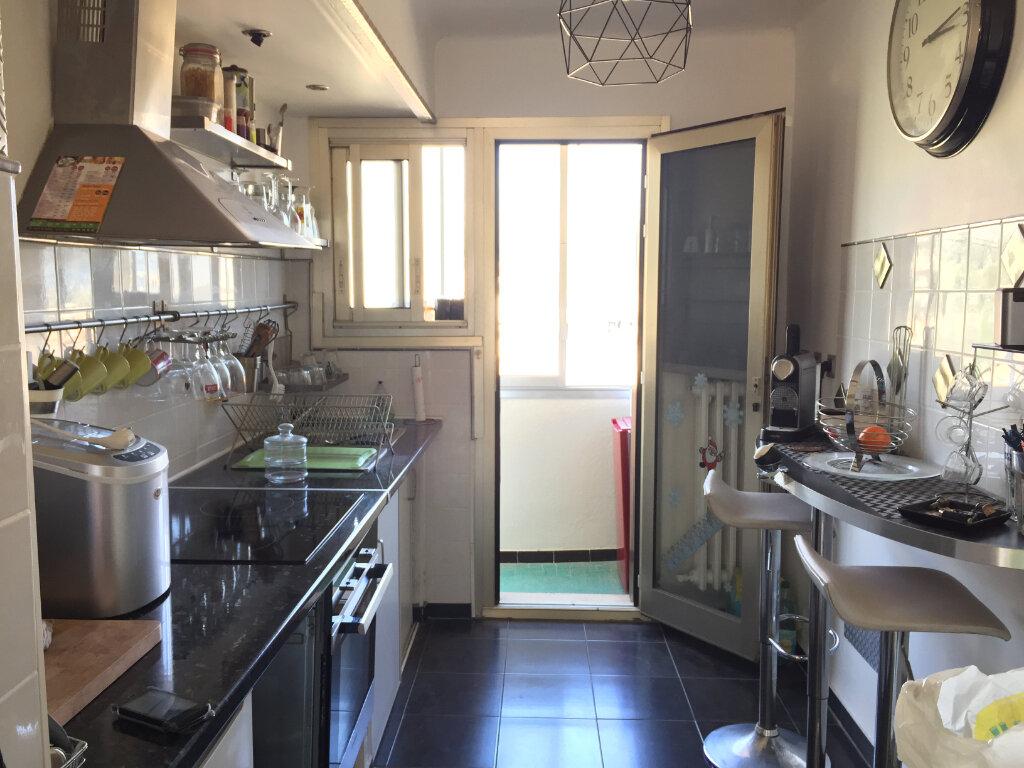 Appartement à vendre 3 61.48m2 à Toulon vignette-2