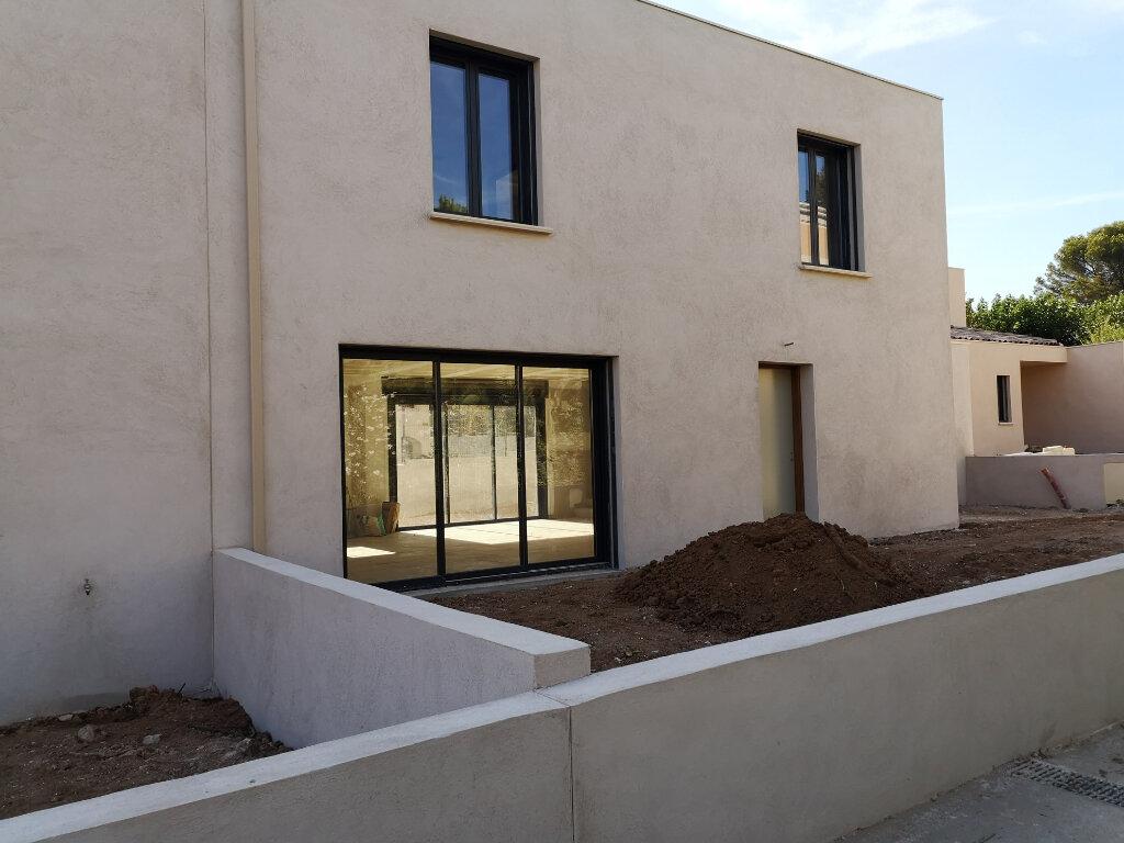 Maison à vendre 4 134.94m2 à Sanary-sur-Mer vignette-7