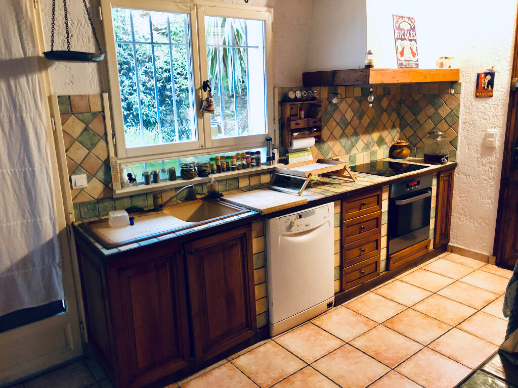 Maison à vendre 7 177m2 à Sanary-sur-Mer vignette-7