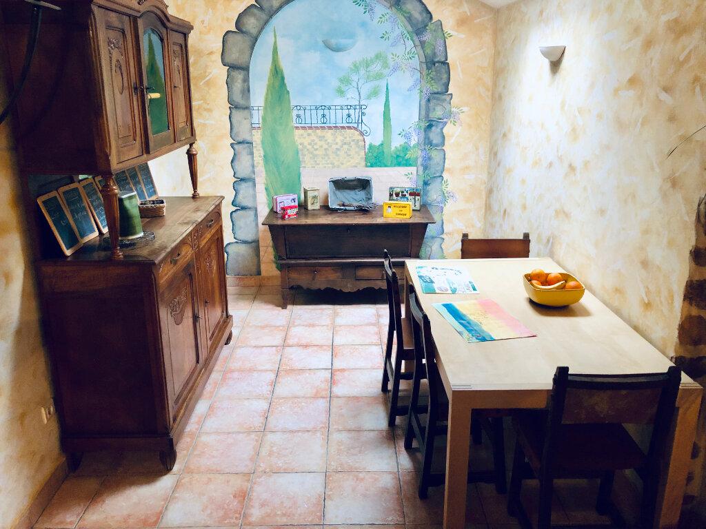 Maison à vendre 7 177m2 à Sanary-sur-Mer vignette-8