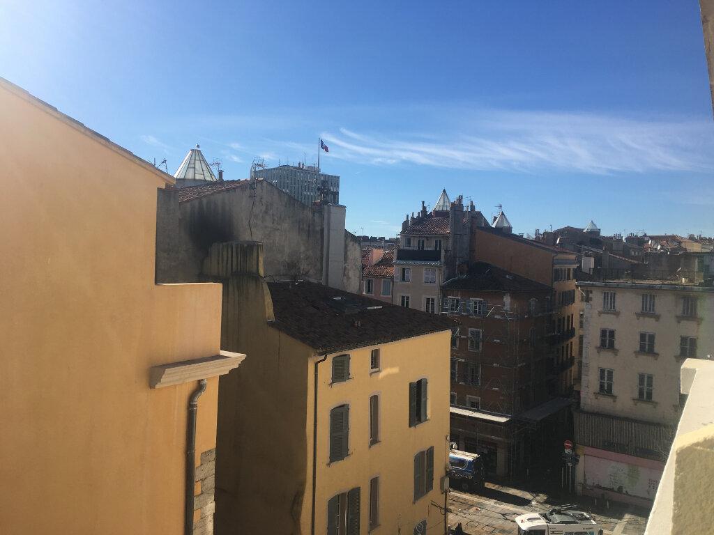 Appartement à vendre 2 37m2 à Toulon vignette-1