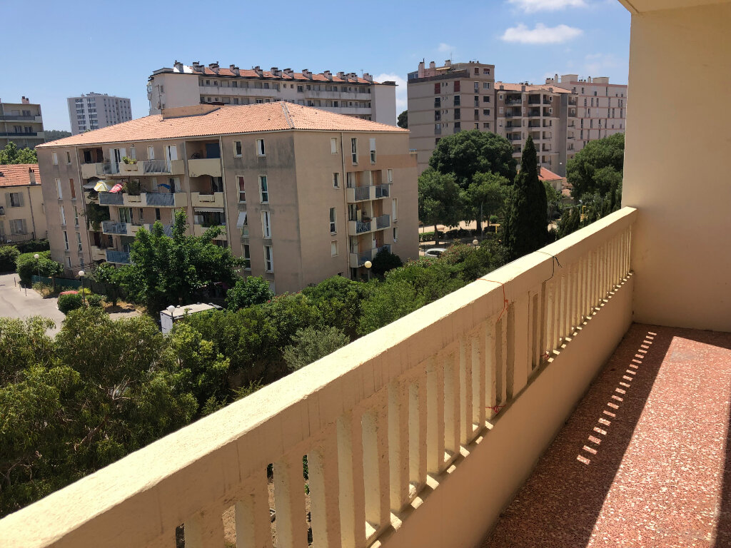 Appartement à vendre 4 65m2 à Toulon vignette-1