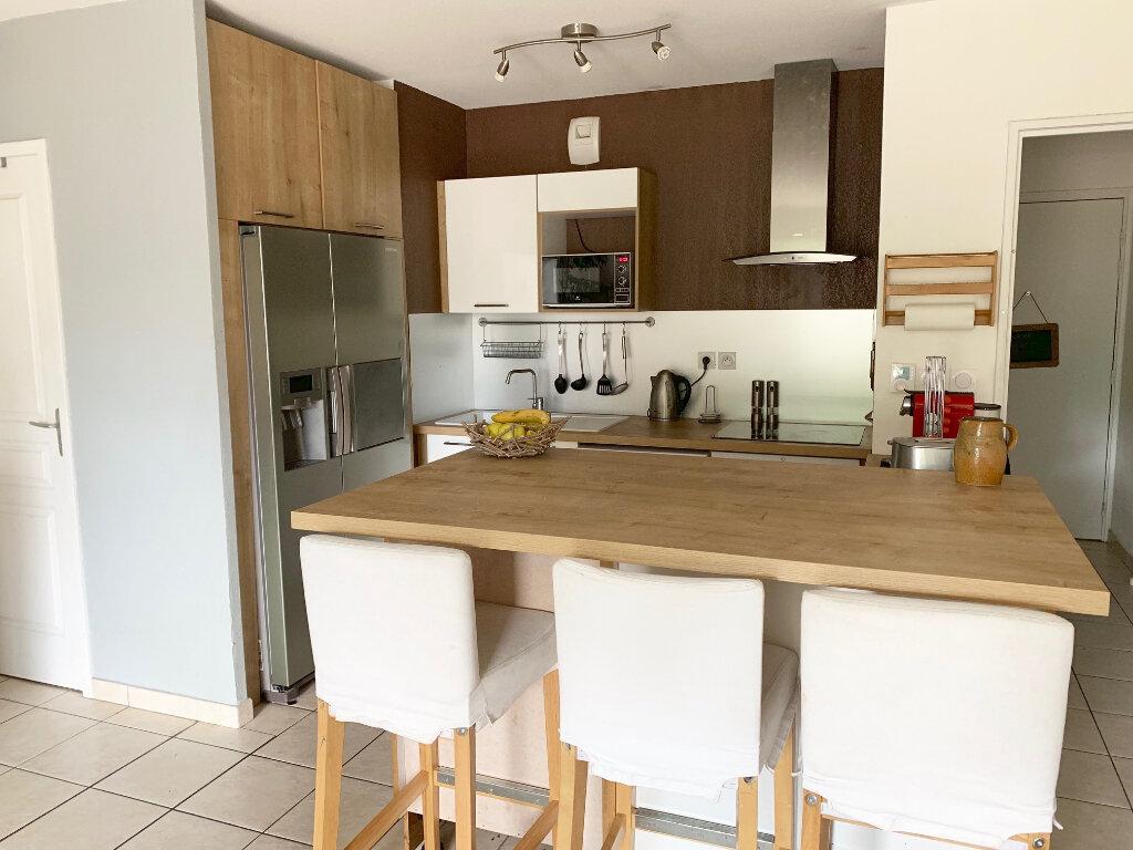 Appartement à vendre 3 62m2 à La Seyne-sur-Mer vignette-2