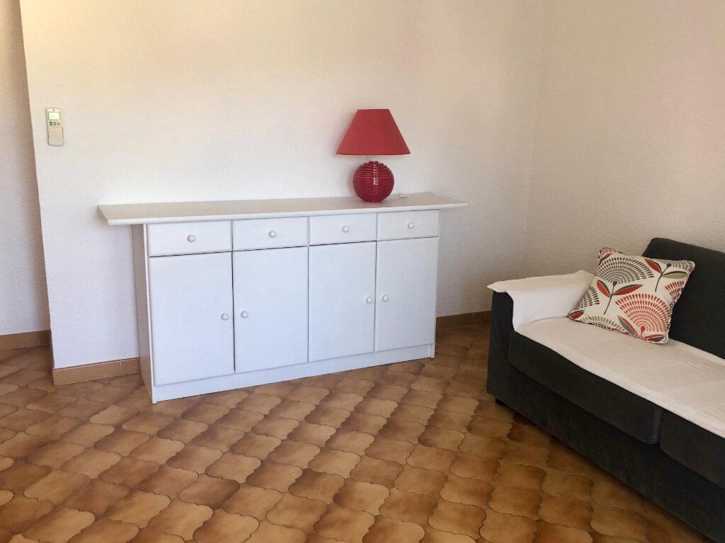 Appartement à vendre 2 37m2 à Sanary-sur-Mer vignette-3