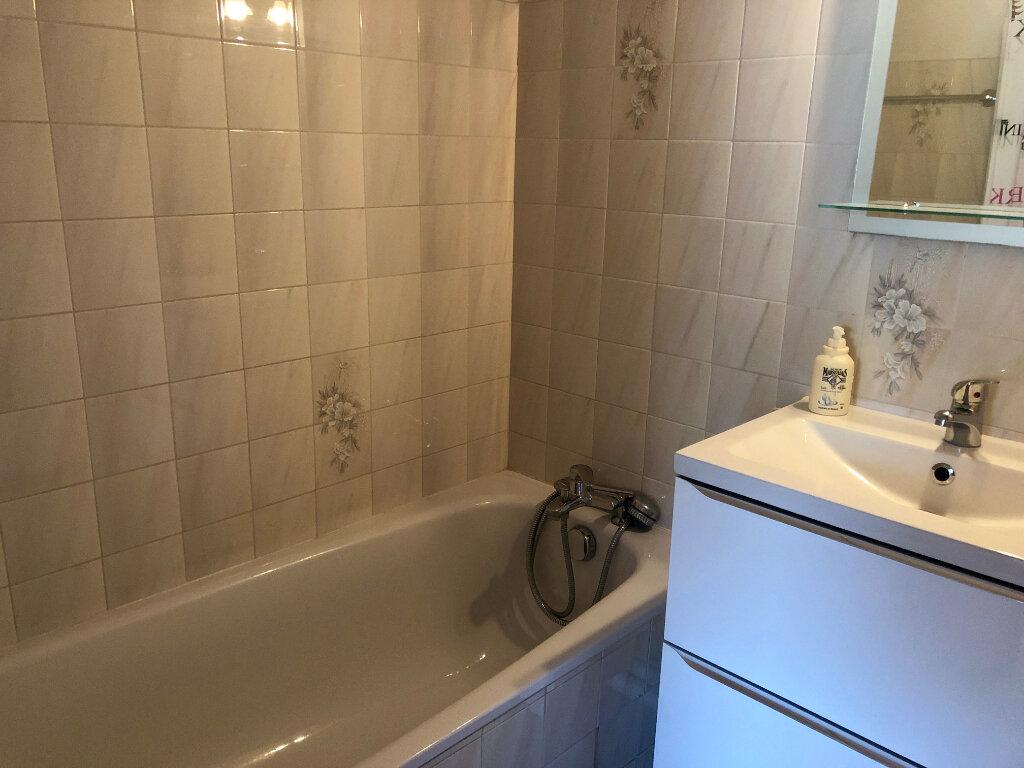 Appartement à vendre 2 37m2 à Sanary-sur-Mer vignette-6