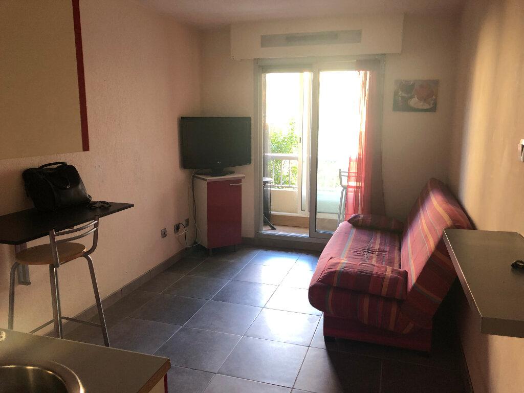 Appartement à vendre 1 20m2 à Saint-Mandrier-sur-Mer vignette-3