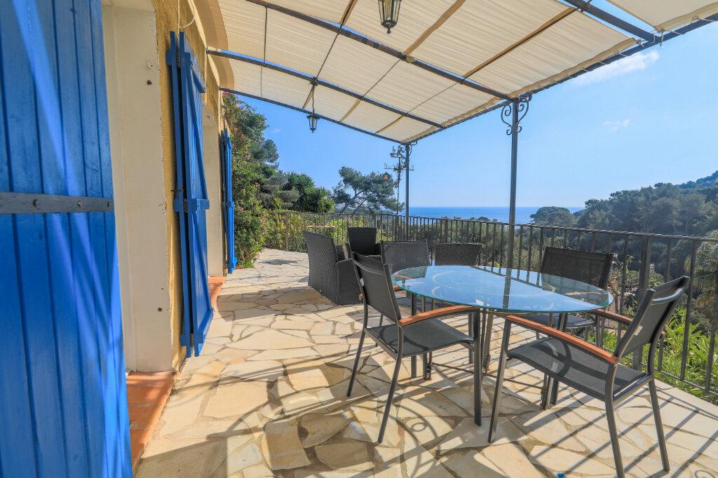 Maison à vendre 6 180m2 à La Seyne-sur-Mer vignette-4