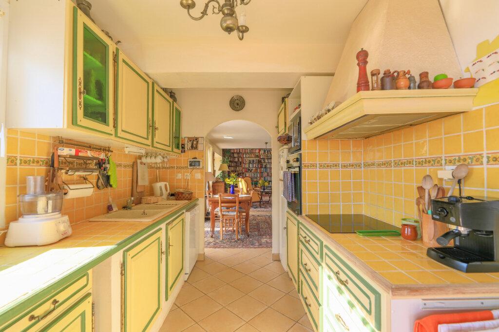 Maison à vendre 6 180m2 à La Seyne-sur-Mer vignette-6
