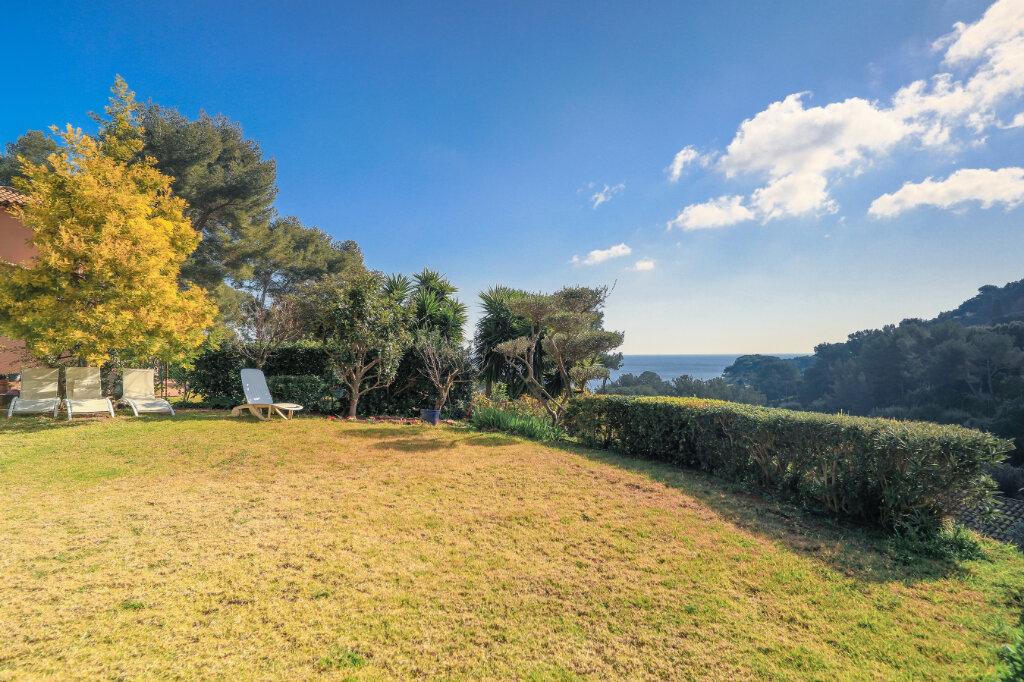 Maison à vendre 6 180m2 à La Seyne-sur-Mer vignette-10