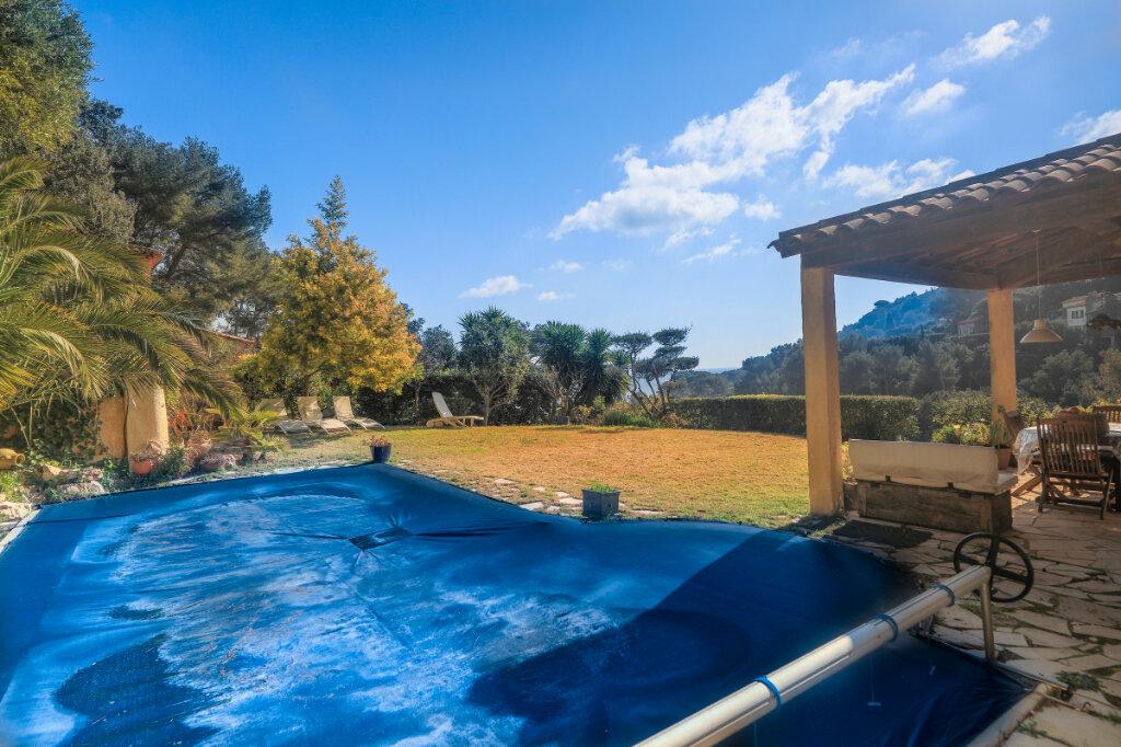 Maison à vendre 6 180m2 à La Seyne-sur-Mer vignette-12