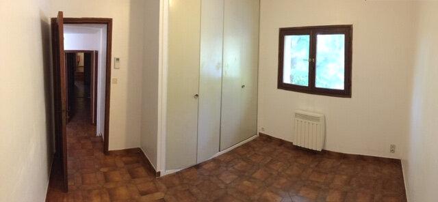Appartement à louer 3 75m2 à La Seyne-sur-Mer vignette-1