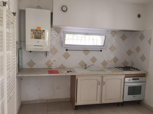 Appartement à louer 3 70m2 à La Seyne-sur-Mer vignette-3