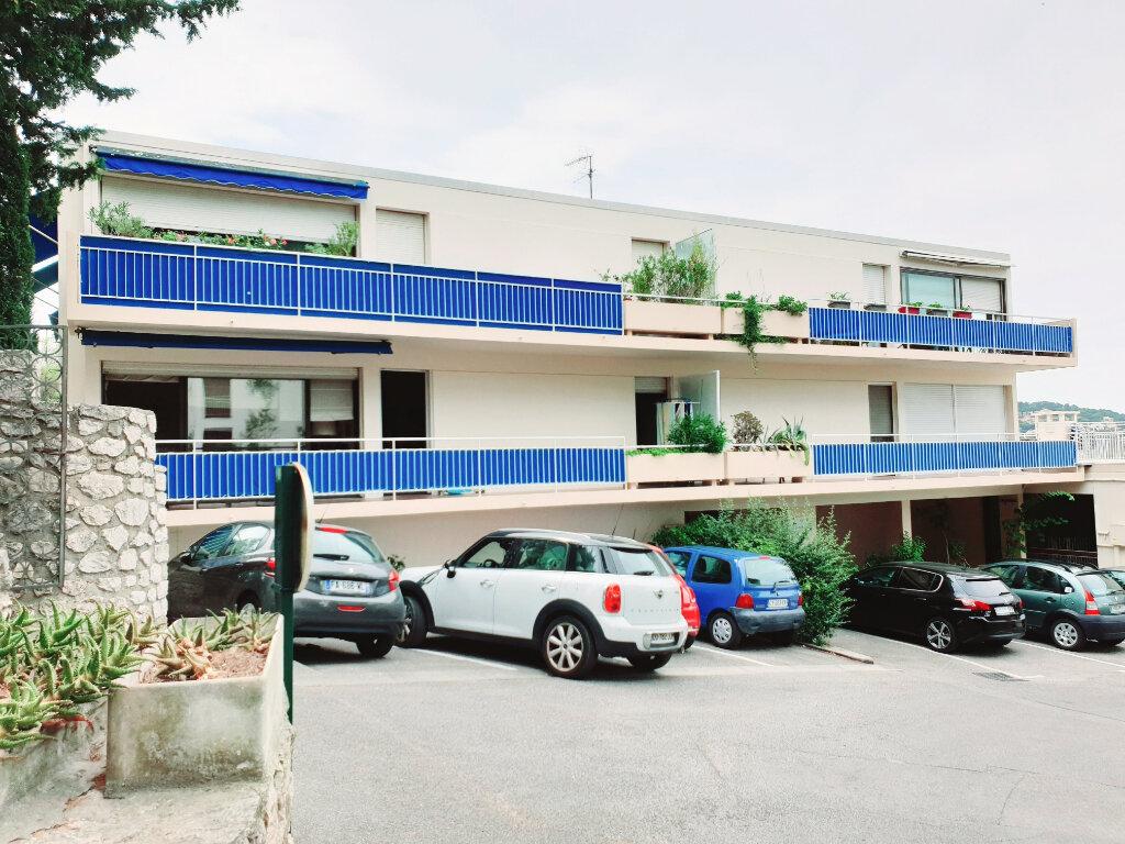 Appartement à vendre 3 63.56m2 à Saint-Mandrier-sur-Mer vignette-8