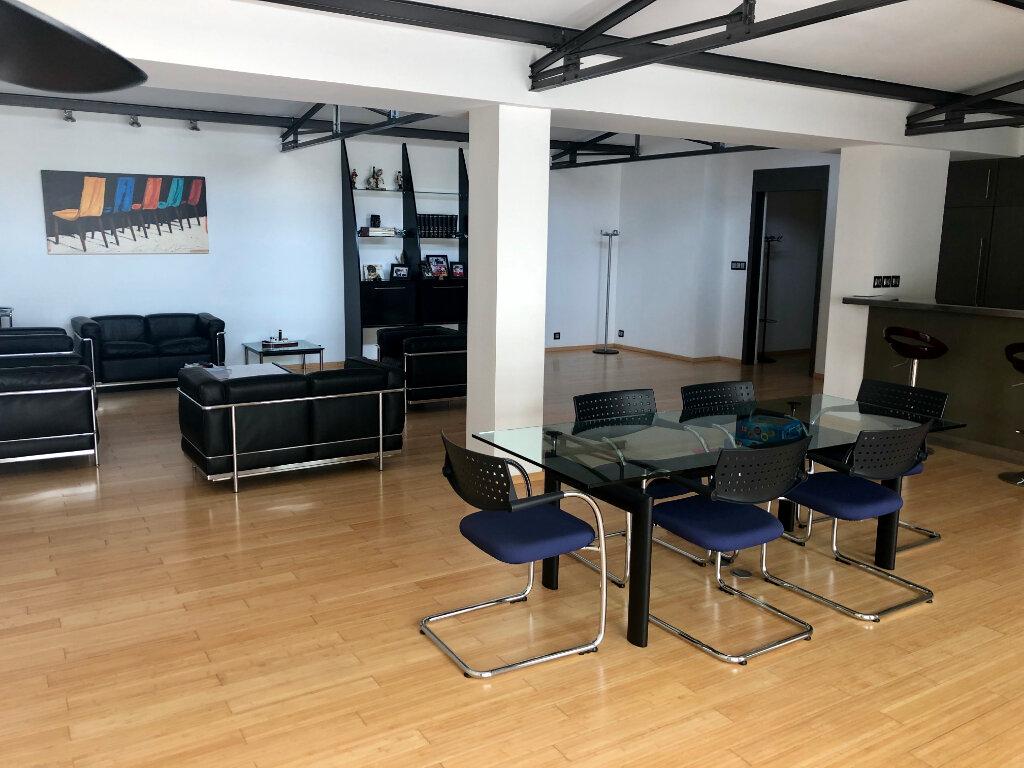 Appartement à vendre 3 145m2 à Bandol vignette-6