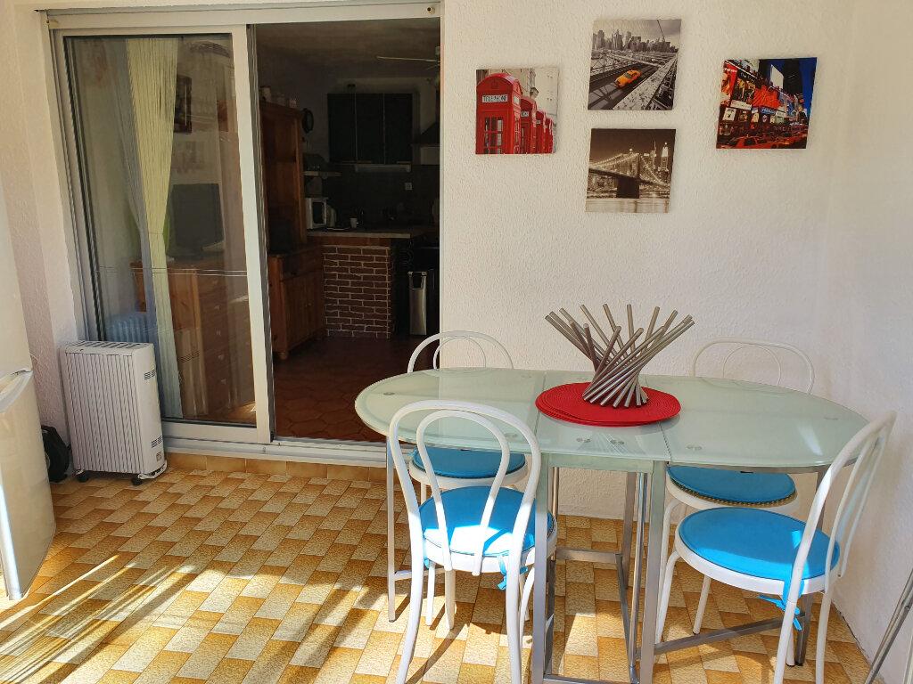 Appartement à vendre 1 24m2 à Saint-Mandrier-sur-Mer vignette-3