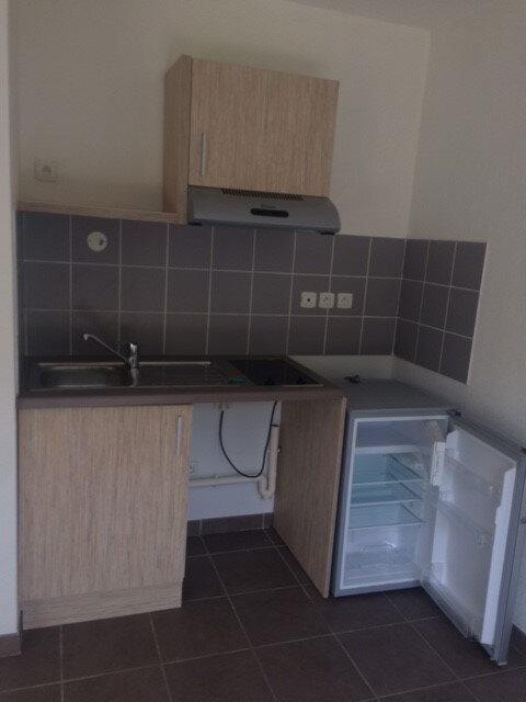 Appartement à louer 1 31.45m2 à La Seyne-sur-Mer vignette-3