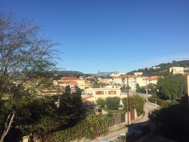 Appartement à louer 1 22.48m2 à Saint-Mandrier-sur-Mer vignette-1