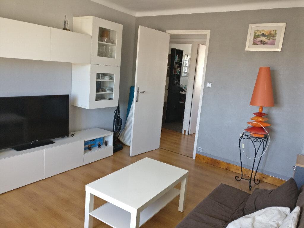 Appartement à louer 2 44.58m2 à Toulon vignette-1