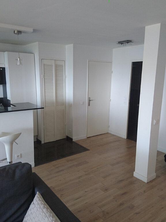 Appartement à louer 2 57.1m2 à La Seyne-sur-Mer vignette-7