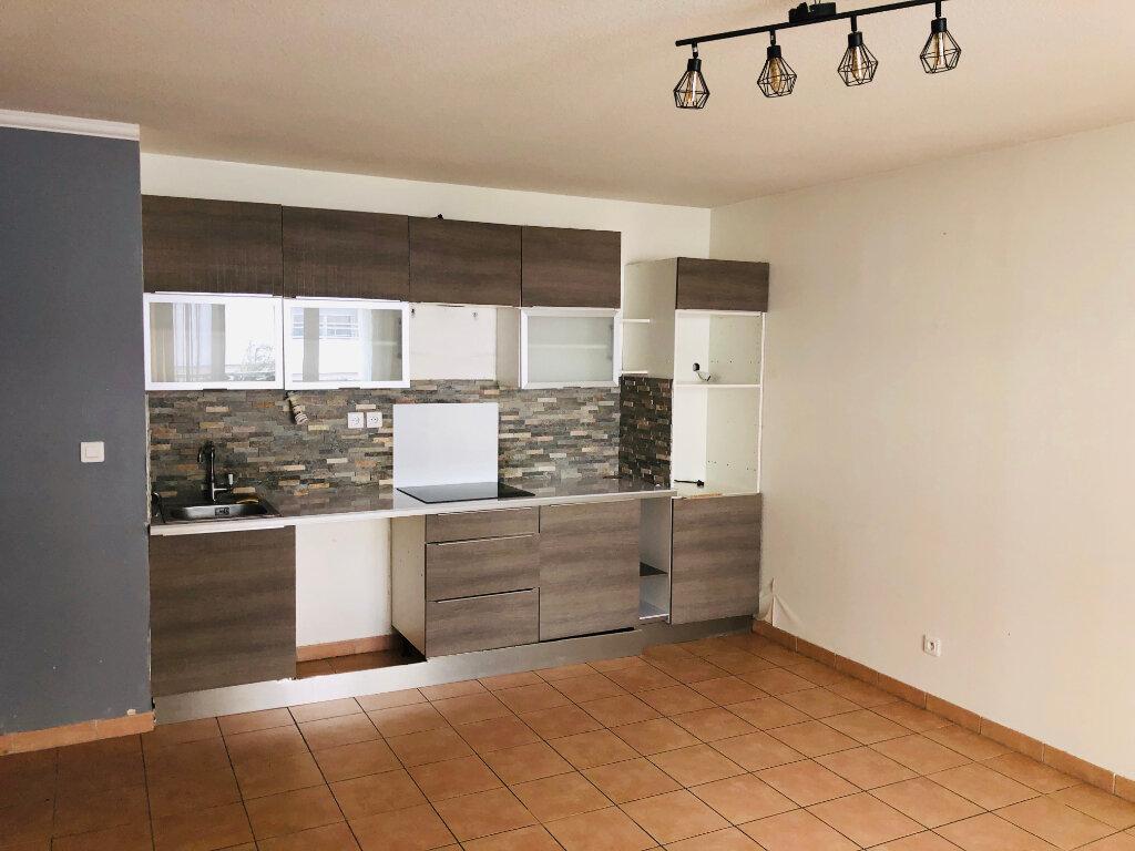 Appartement à vendre 3 60m2 à La Seyne-sur-Mer vignette-2