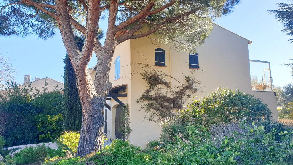Maison à vendre 6 172m2 à La Seyne-sur-Mer vignette-1