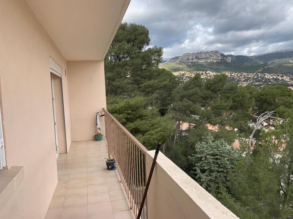 Appartement à louer 4 70m2 à Toulon vignette-1