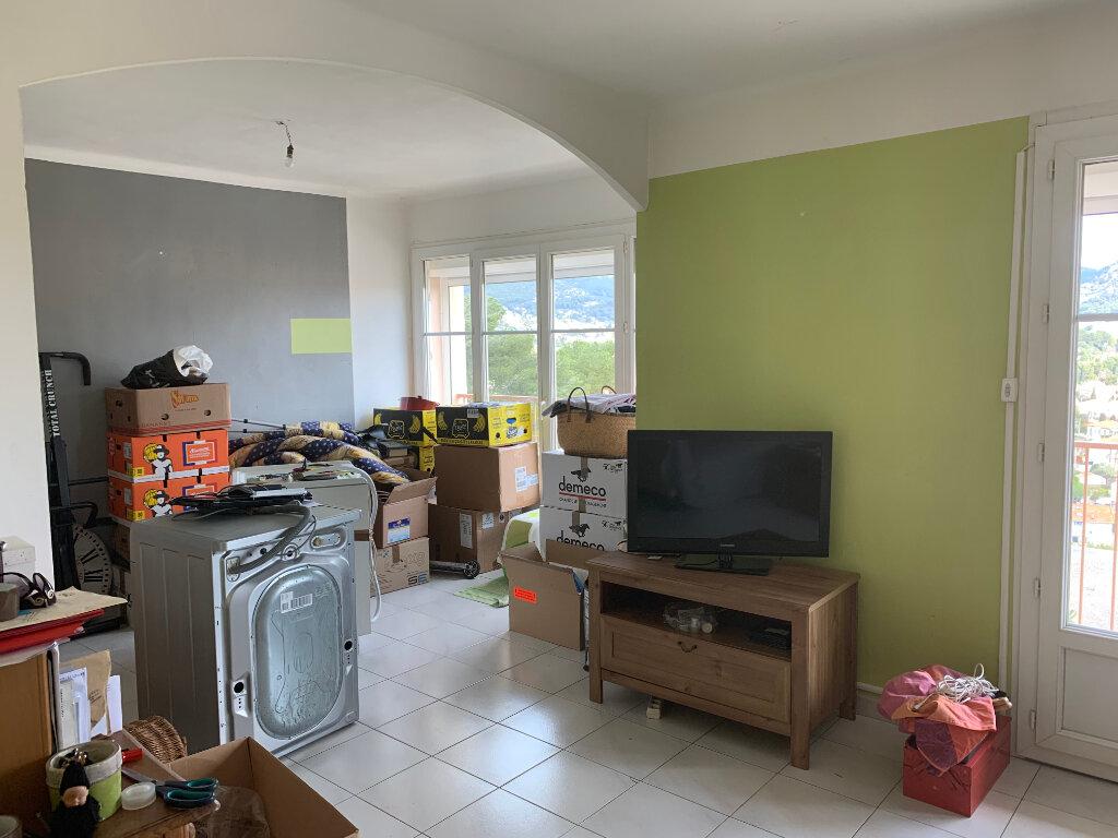 Appartement à louer 4 70m2 à Toulon vignette-5