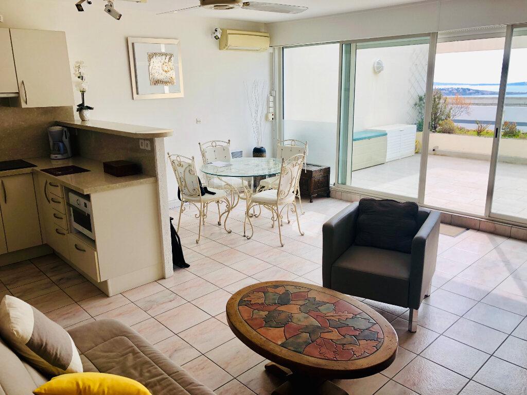 Appartement à vendre 2 45m2 à Bandol vignette-4