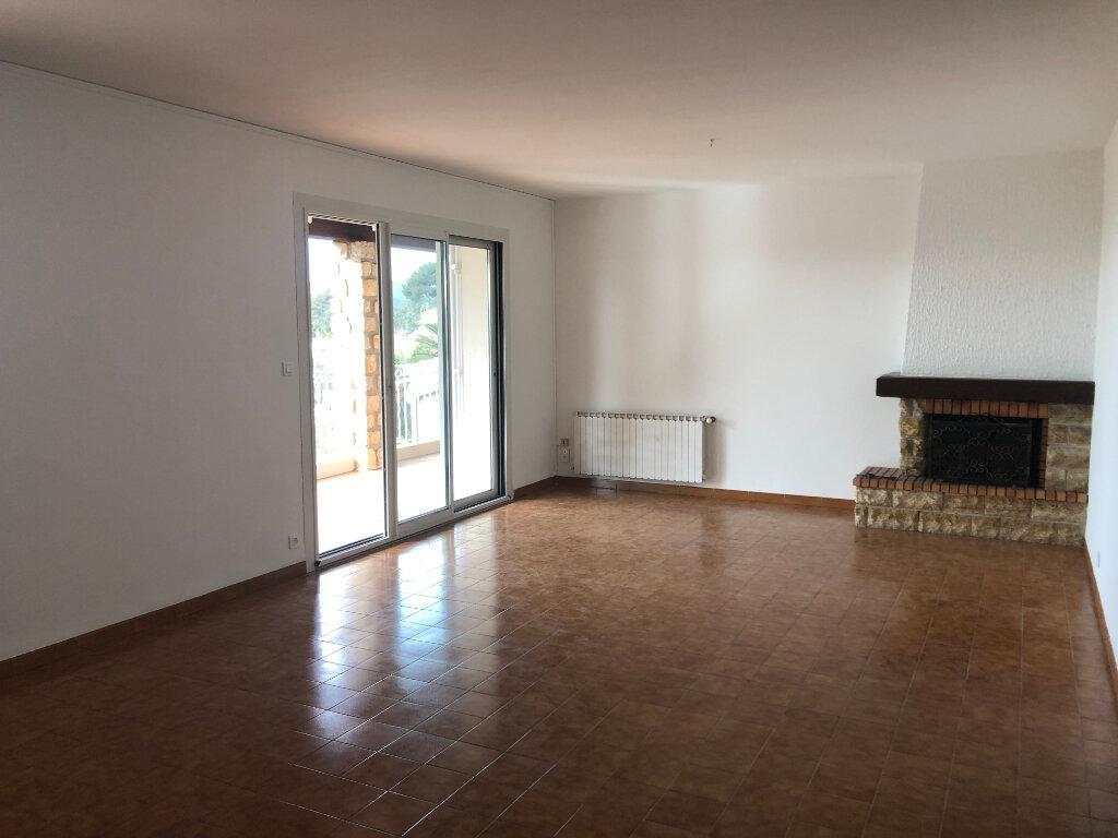 Maison à vendre 5 115m2 à La Seyne-sur-Mer vignette-7