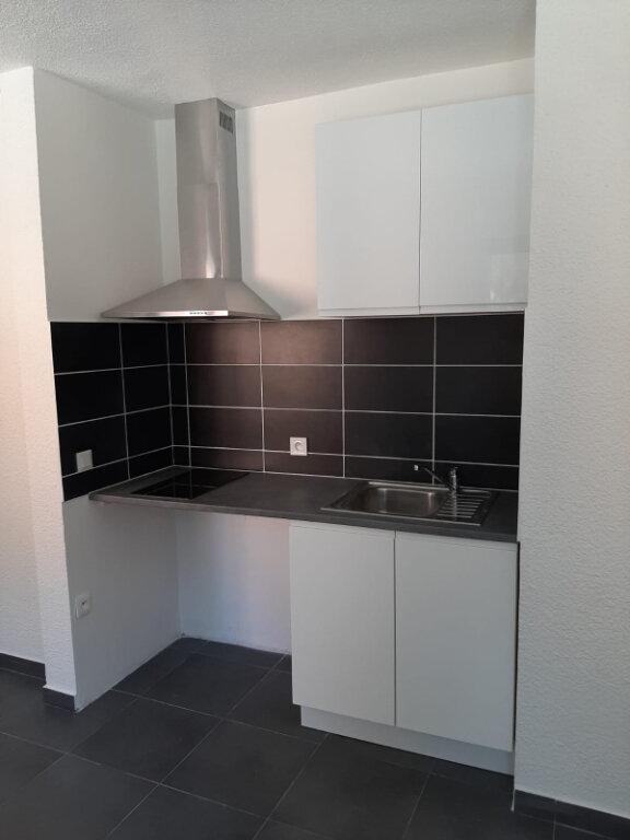 Appartement à louer 1 19.23m2 à La Seyne-sur-Mer vignette-2