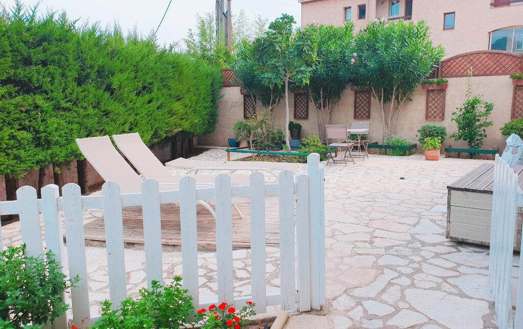 Maison à vendre 6 150m2 à La Seyne-sur-Mer vignette-4