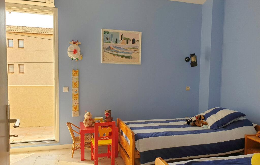 Maison à vendre 6 150m2 à La Seyne-sur-Mer vignette-8