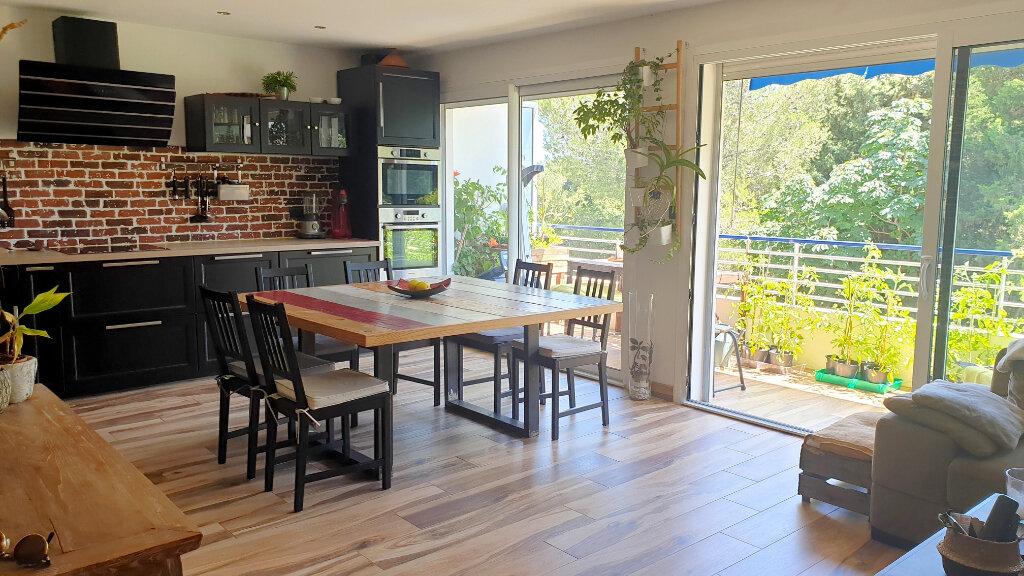 Appartement à vendre 4 85m2 à La Seyne-sur-Mer vignette-2