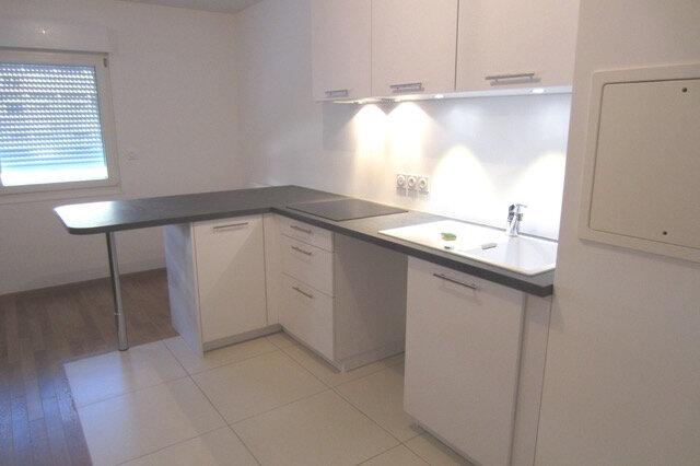 Appartement à louer 2 52m2 à Boulogne-Billancourt vignette-2