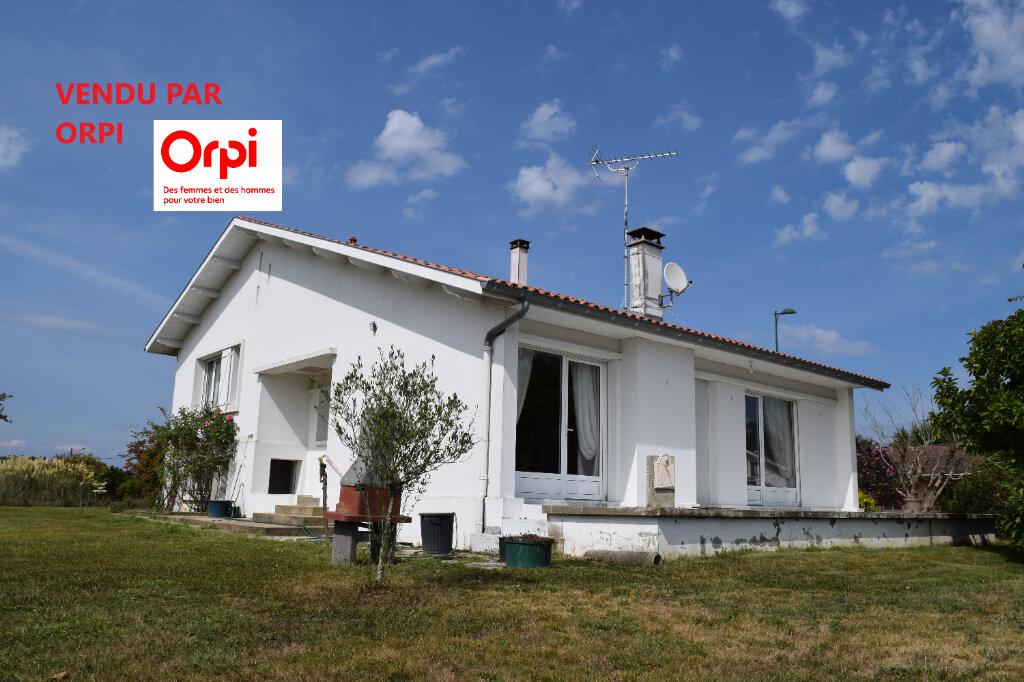 Maison à vendre 6 130m2 à Amou vignette-1