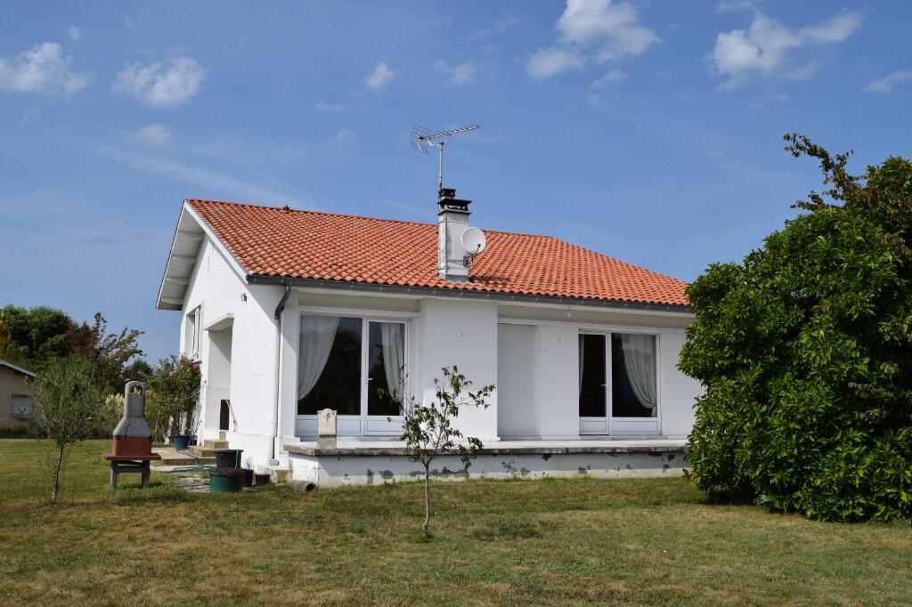 Maison à vendre 6 130m2 à Amou vignette-3