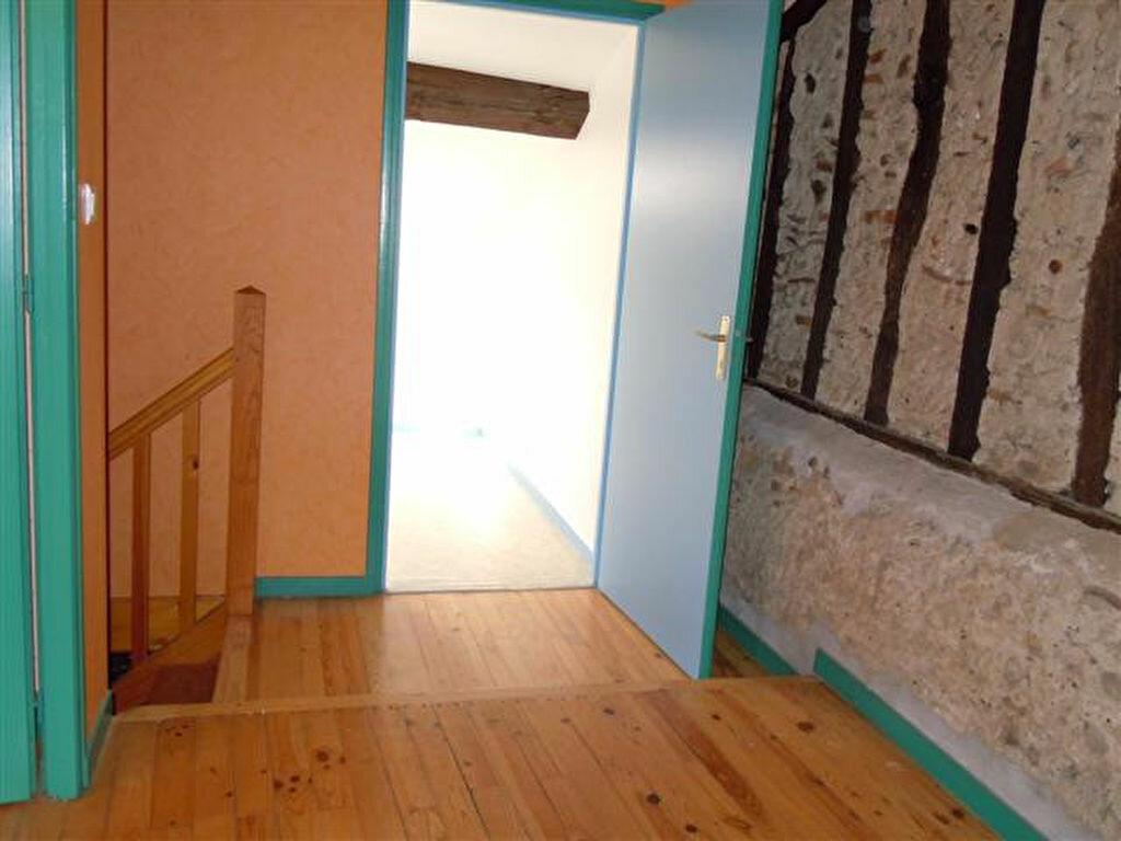 Appartement à louer 4 107m2 à Saint-Sever vignette-7