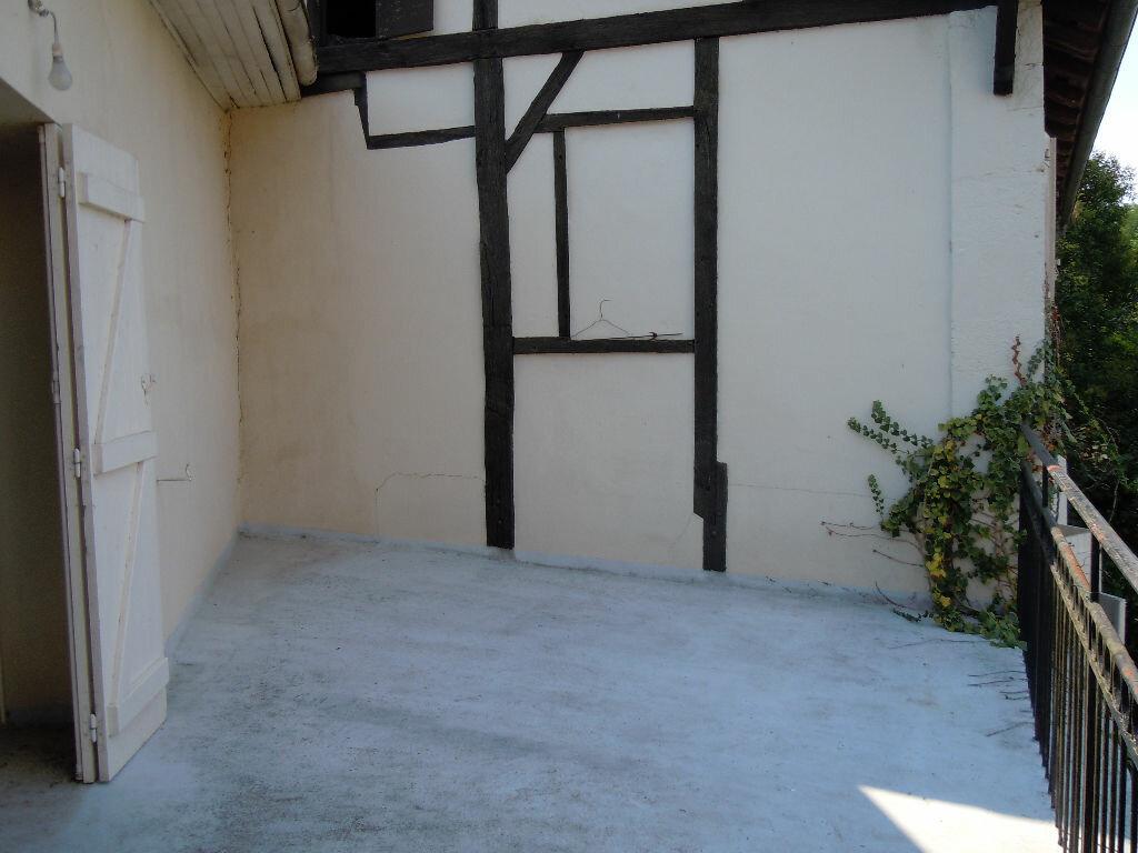 Appartement à louer 4 107m2 à Saint-Sever vignette-9