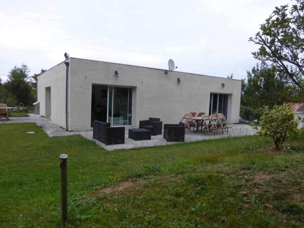 Maison à vendre 5 130m2 à Sainte-Colombe vignette-2