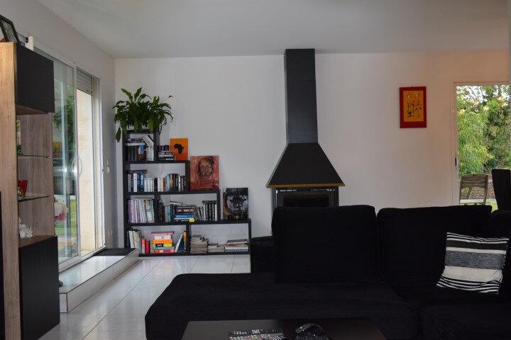 Maison à vendre 5 130m2 à Sainte-Colombe vignette-8