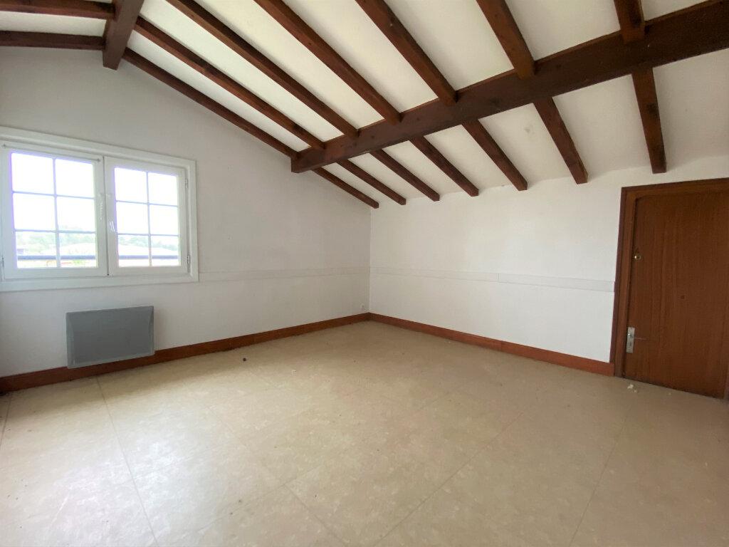 Maison à vendre 8 207m2 à Hagetmau vignette-9