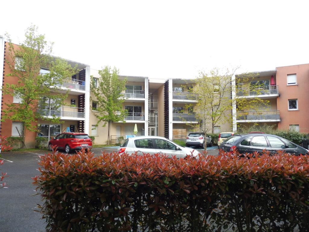 Appartement à vendre 2 41m2 à Saint-Sever vignette-1