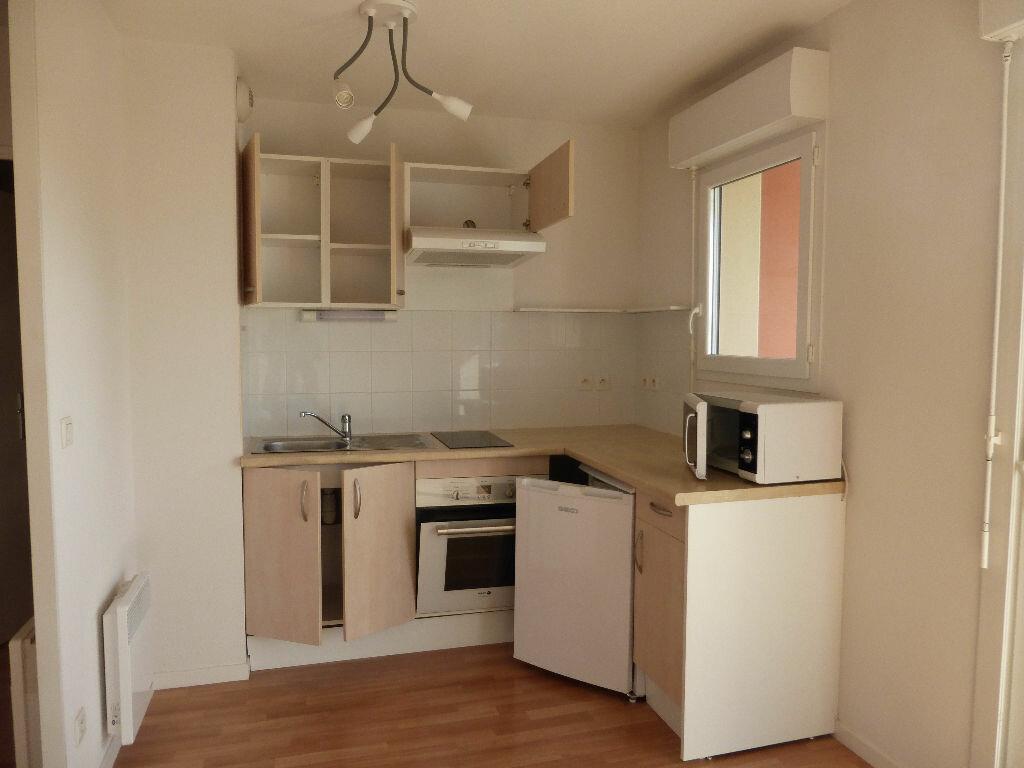 Appartement à louer 2 44.03m2 à Saint-Sever vignette-2