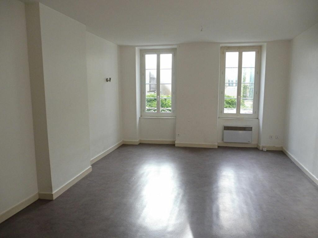 Appartement à vendre 3 79.76m2 à Saint-Sever vignette-4