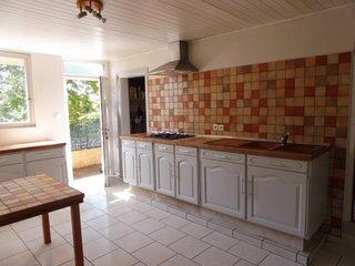 Maison à vendre 7 162m2 à Sainte-Colombe vignette-3