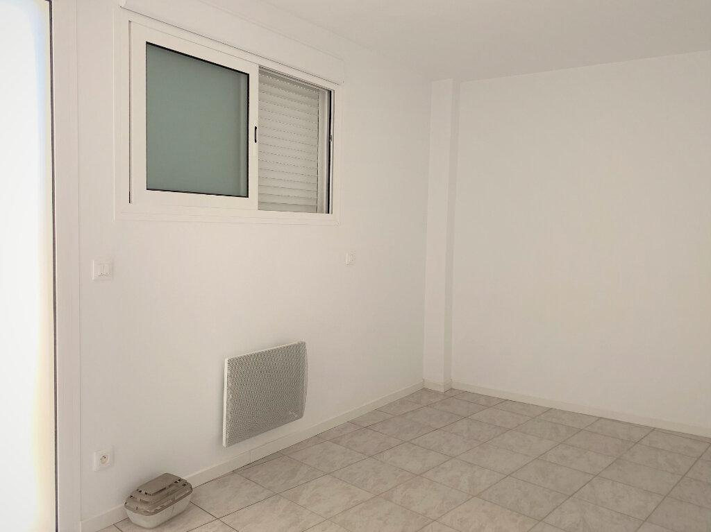 Appartement à vendre 3 57m2 à Hagetmau vignette-3