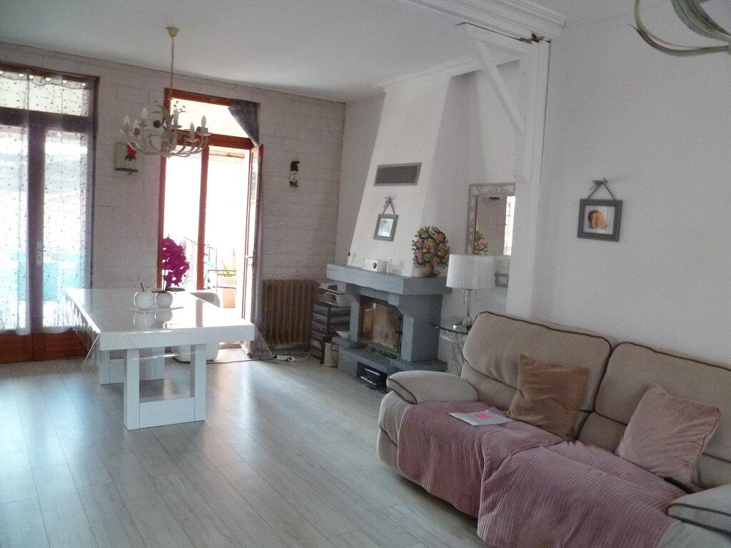 Maison à vendre 5 128m2 à Saint-Just-en-Chaussée vignette-1